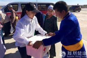 中国红基会援助内蒙古抗旱首批赈济家庭箱在呼伦贝尔发放