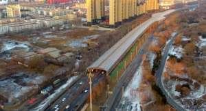 """东北首个路罩竣工 为百姓降噪斥6000万巨资打造钢铁""""巨龙"""""""