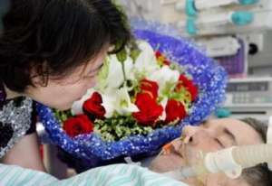 英国教师捐器官救助6位中国人