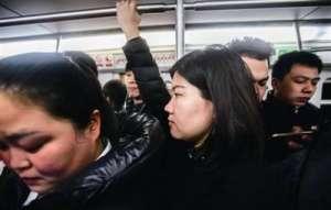 女子跨省进京上班 一天路费就是225元一个月四五千元