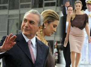 巴西总统疑官邸闹鬼 请一位牧师来进行驱鬼仪式