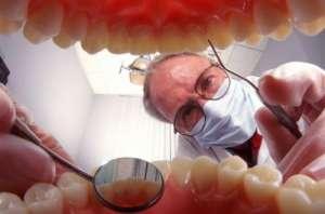 """我国45岁以上近八成人缺牙 德贝推""""理财型种植牙"""""""