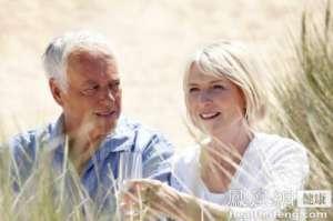 外媒:中国老龄化严峻 到世纪末人口不足10亿