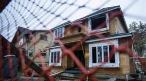 """加拿大住房危机 昔日昂贵富人区或将变成无人""""鬼城"""""""