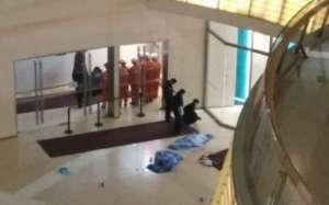 天津两儿童商场坠亡 事发时有家长陪同原因正在调查