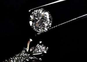 游客吞盗钻石被捕 偷梁换柱盗走600万卢布珍宝又给中国丢人了