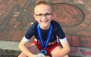 9岁男孩创半程马拉松纪录 3岁已展现跑步天赋
