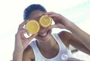 巴西研究人员称柑橘类水果可预防肥胖所致疾病