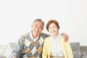 养老金等幅上涨 公务员退休待遇能否看齐企业